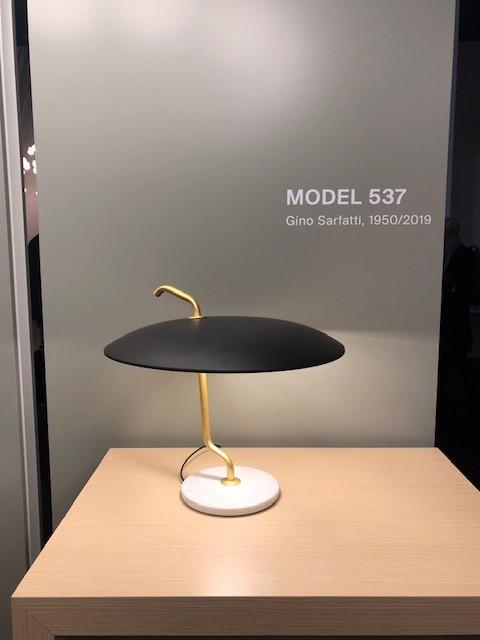 MILANO SALONE 2019 EUROLUCE astepの展示ブース、mod.537