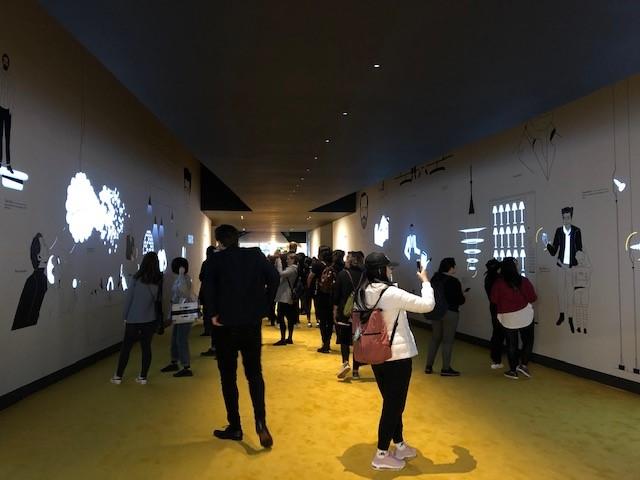 ミラノサローネ2019、S.PROJECT、圧巻のブース展示、動画アプリの動きが滑らかで素晴らしい