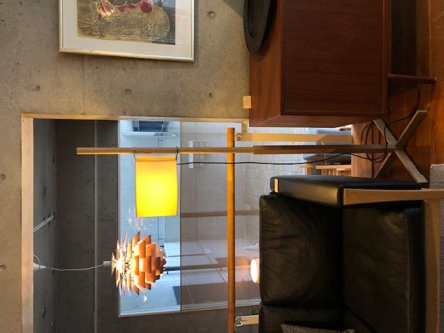TIMELESSさんで展示中のSANTA&COLEの照明、TMM