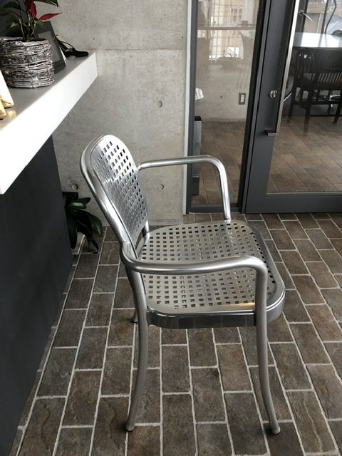 DePadova SILVER with armrests by Vico Magistretti、1989