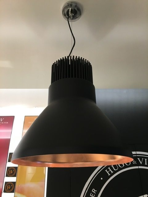 FLOS LIGHT BELL by Piero Lissoni、Hugo&Victor表参道店