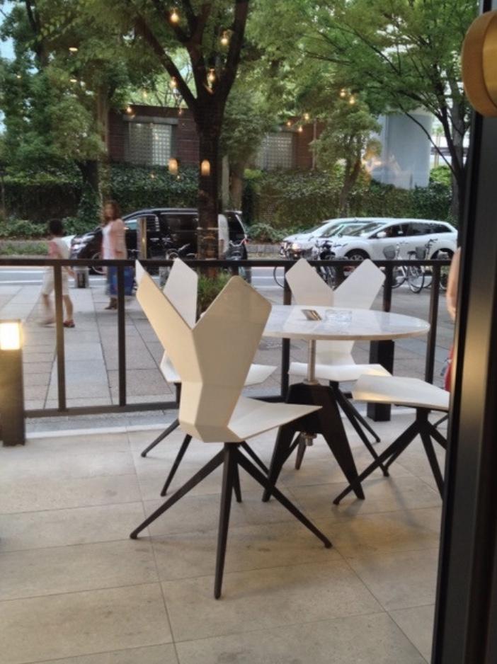 カフェ喫茶CUPPA(カッパー)、TOM DIXON、家具、照明、コンランショップ