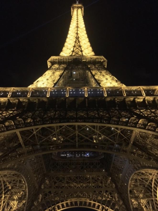 La tour Eiffel(エッフェル塔)、パリ、観光、ビジネス、穴場スポット