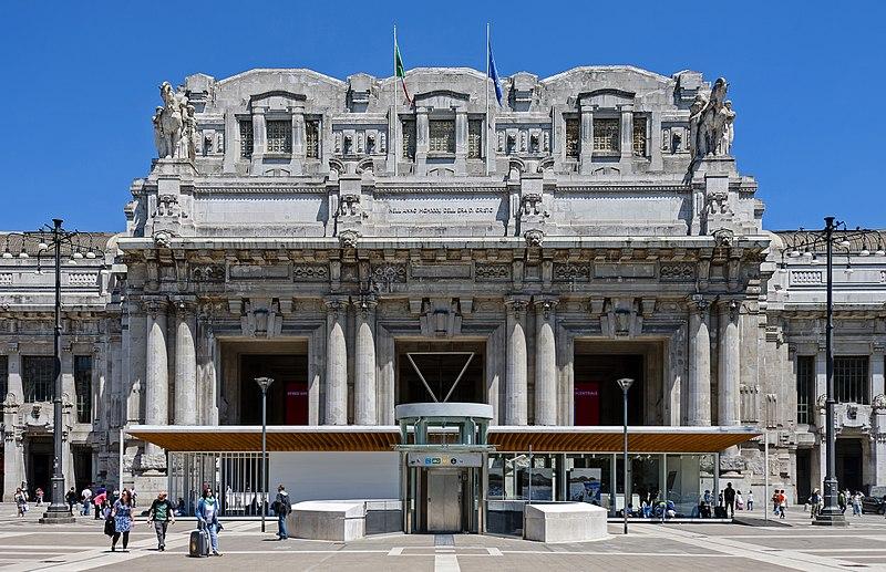 アルドロッシ、ミラノ中央駅、ファシズム建築