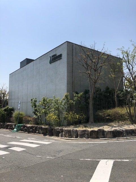 白鶴美術館新館、神戸市東灘区住吉山手、住吉川沿い、散策