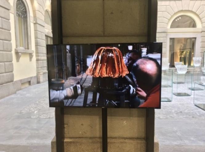 吉岡徳仁 GLASS FOUNTAIN ISSEY MIYAKE イタリア ミラノ MILANO SALONE 2017 FUORI SALONE