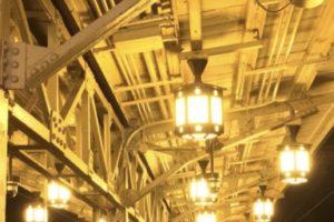 阪急嵐山駅 レトロ 水銀ナトリウム灯 用水