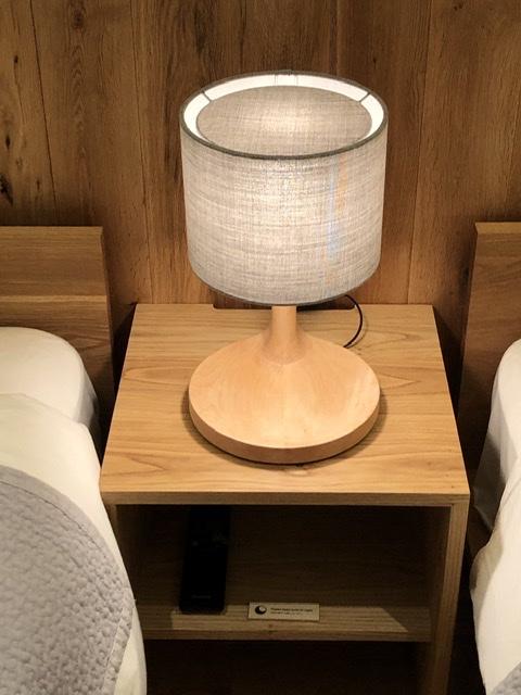 graf graf_porch owl_light 大阪 照明 テーブルスタンド ベッドサイド ホテル使用