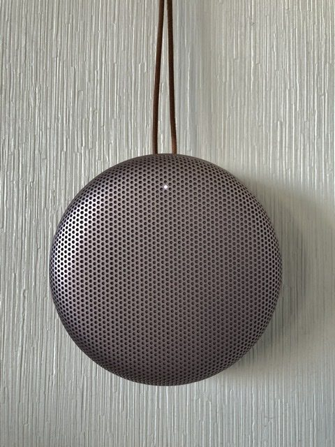 BANG&OLUFSEN Beosound A1 2nd Gen Pink Cecilie_Manz Denmark Danish_Design Bluetooth IP67 wireless_speaker portable