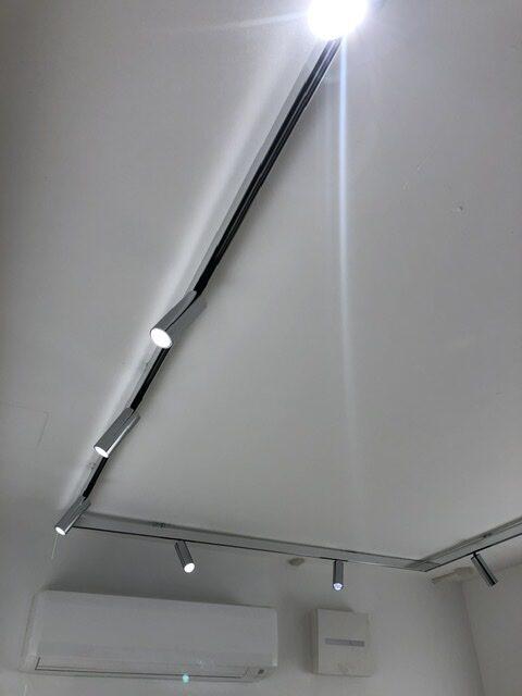 FLOS thetrackingmagnet architecturallighting spotlight